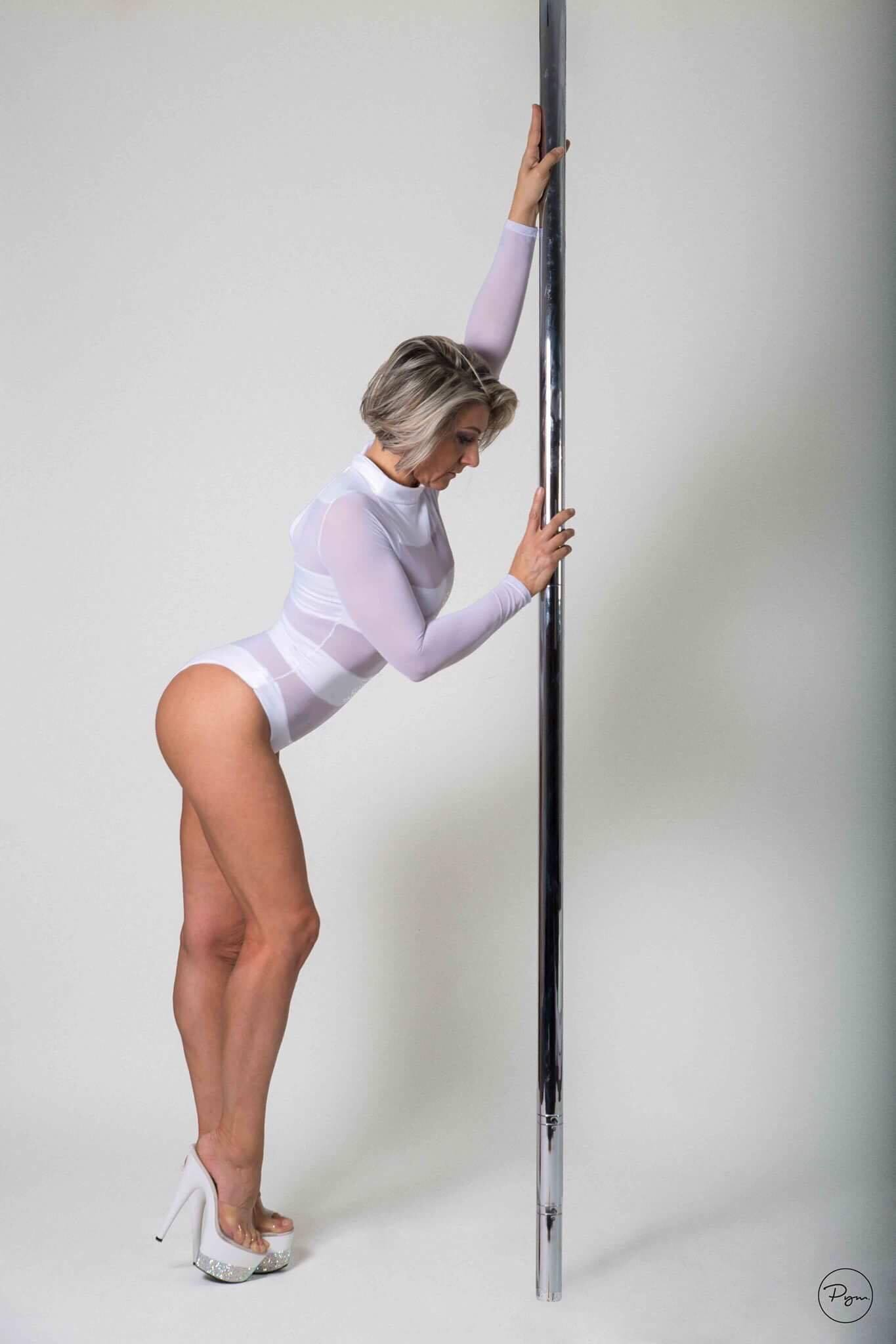 Pole dance sensations melun 77